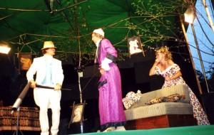 Sergiei Shawarinsky (Iwana Wasiliewicz Łomow),  Viktor Łobaczow), (Stiepan Stiepanowicz Czubukow), Tatiana Griszanina – Shawarinska (Natali Stiepanowna Czubukow)
